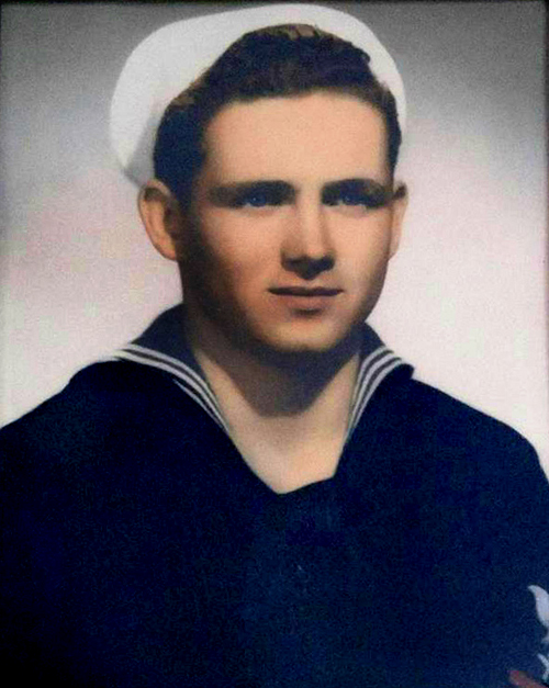 Thomas Mayhew Bonner, II served in the Navy on the USS Missouri.